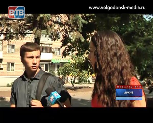 17-летнего волгодонца Алексея Еланцева наградили за спасение тонущих подростков