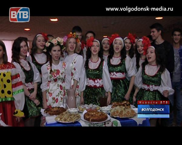 В Волгодонске в восьмой раз прошел фестиваль народов Дона