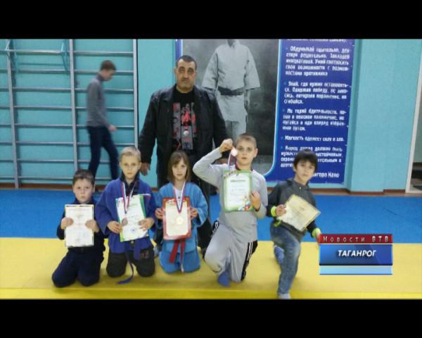 Воспитанники Низами Тагиева вернулись из Таганрога с победами