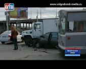 ДТП и пробка на Путепроводе