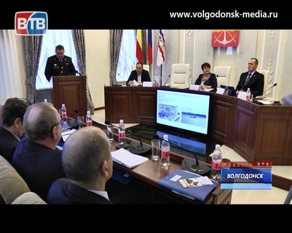Депутаты гор.Думы провели первое в 2016-ом году заседание