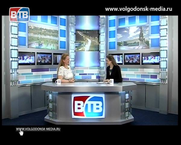 О подробностях литературного бала говорим с гостем студии Новостей Евгенией Конаревой