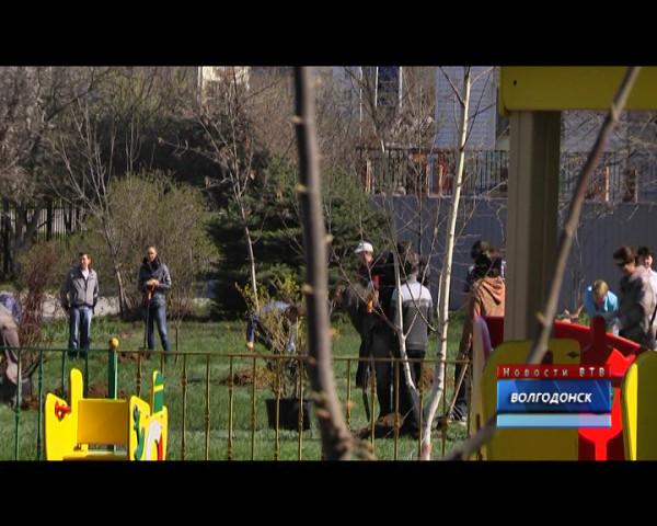 Телекомпания ВТВ и компания «Флора-сервис» провели экологическую акцию в детской поликлинике №2