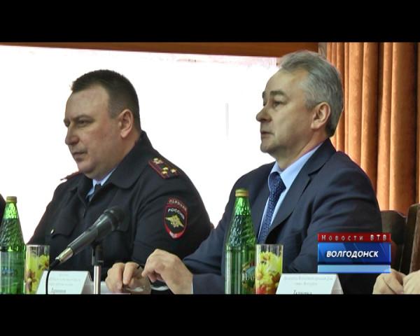 Волгодонск посетил главный полицейский области