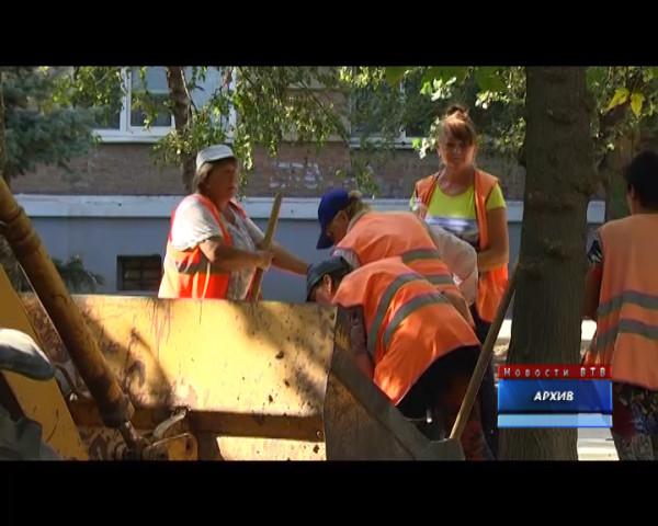 Коммунальщики просят не парковать машины на улице 50 лет СССР 19 и 20 апреля