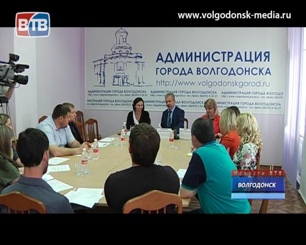 В преддверии дня предпринимательства представители бизнеса встретились с главой Администрации Волгодонска