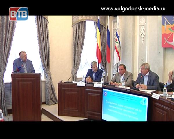 Губернатор Ростовской области прибыл в Волгодонск для того, чтобы обсудить проблему обмеления Цимлянского водохранилища