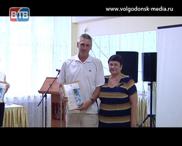 В преддверии Дня физкультурника представители спортивного сообщества Волгодонска встретились за фуршетным столом