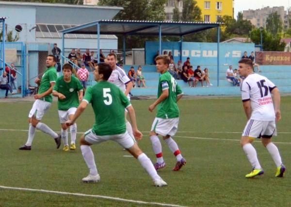Дубль ФК «Волгодонск» дома отобрал очки у лидера