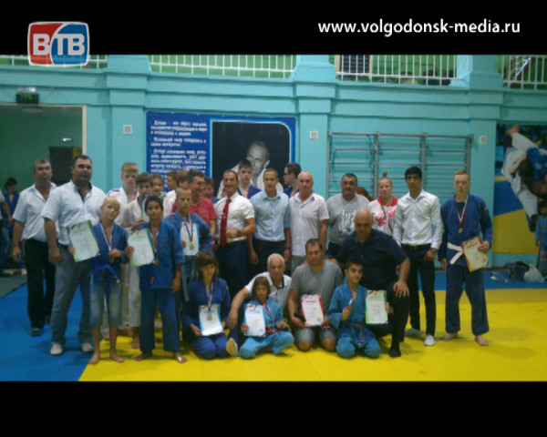 Цимлянские и волгодонские дзюдоисты вернулись с медалями из Таганрога