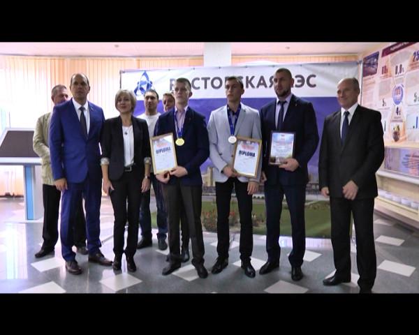 Взошли на вершину. Волгодонские рукопашники стали чемпионом и вице-чемпионом мира