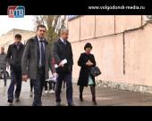 Менять концепцию. Глава Администрации Андрей Иванов посетил старейшие торговые комплексы