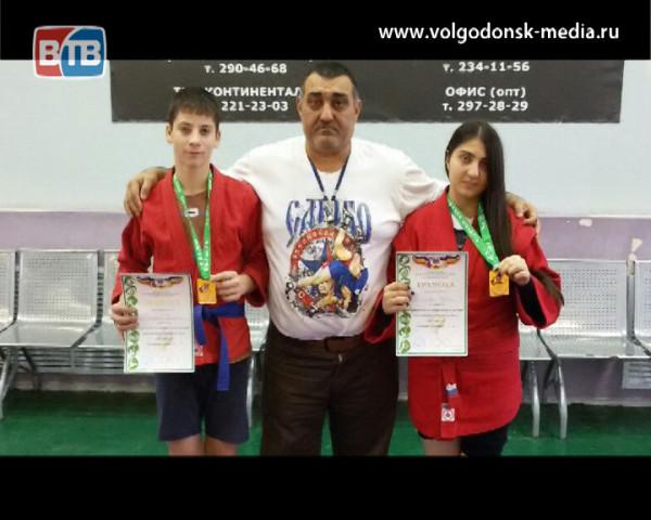 Первенство области по самбо среди юниоров стало «бронзовым» для волгодонских спортсменов