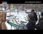 Жители дома номер 13 по переулку Донскому уже два месяца не могут нормально заходить к себе в подъезд