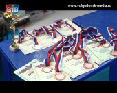 Шесть волгодонских акробатов стали мастерами спорта России