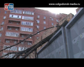 Ветер уничтожил памятник строителям и не только. Результаты разгула стихии в Волгодонске