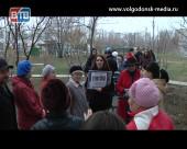 Жители дома №1 по улице Гагарина утверждают, что их сосед мучает и зверски убивает животных
