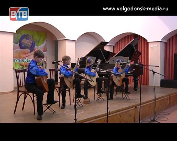 Музыкальная школа имени Шостаковича отчиталась о проделанной работе за год концертом