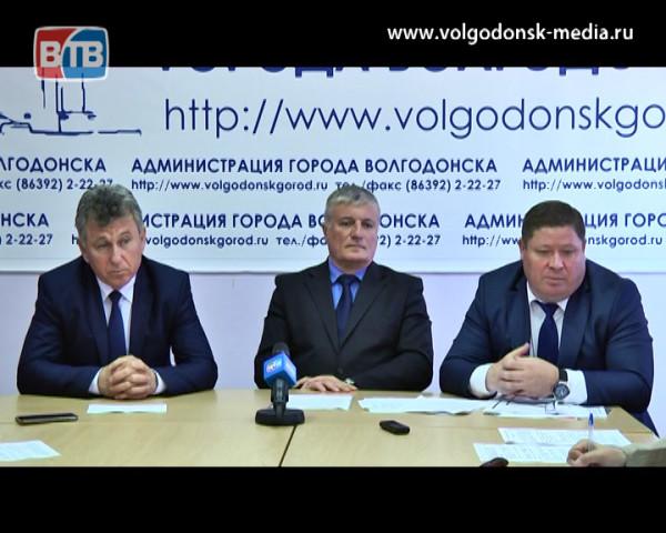 Глава Администрации Виктор Мельников встретился с главным налоговиком Дона