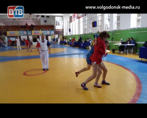 Диана Прохорова стала пятой на первенстве ЮФО по самбо