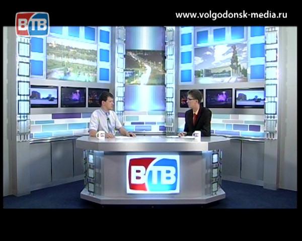 Ситуация на рынке труда. Гость студии директор центра занятости населения Дмитрий Речкин