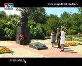 Обнародованы имена неизвестных солдат, захороненных на братской могиле в Старо-Соленом
