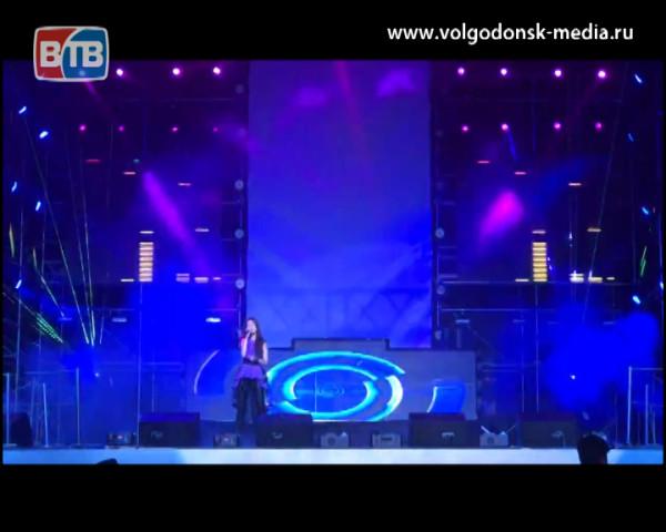 Волгодонская солистка Эльвира Балаева поделилась впечатлениями с фестиваля «Голубая ночь» прошедшем в Китае