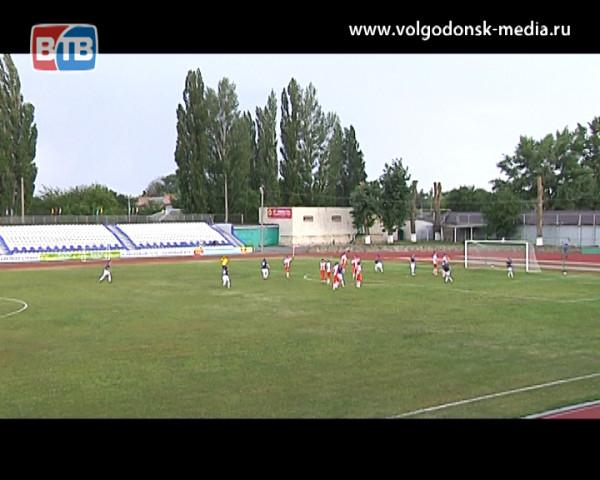 ФК «Волгодонск» сыграл в ничью и поднялся на третье место турнирной таблицы