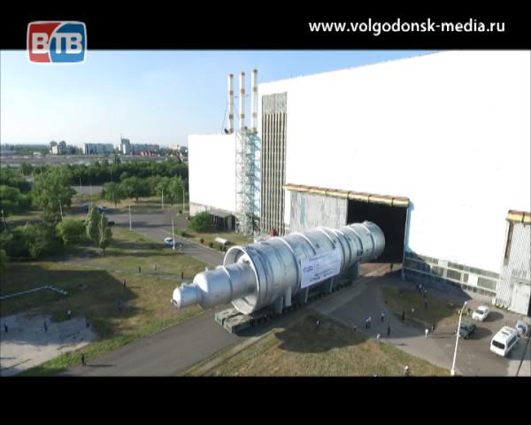 Атоммаш отгрузил уникальную по габаритам вакуумную колонну
