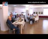 В Волгодонске состоялась встреча с ветеранами,  посвященная 74-й годовщине Курской битвы