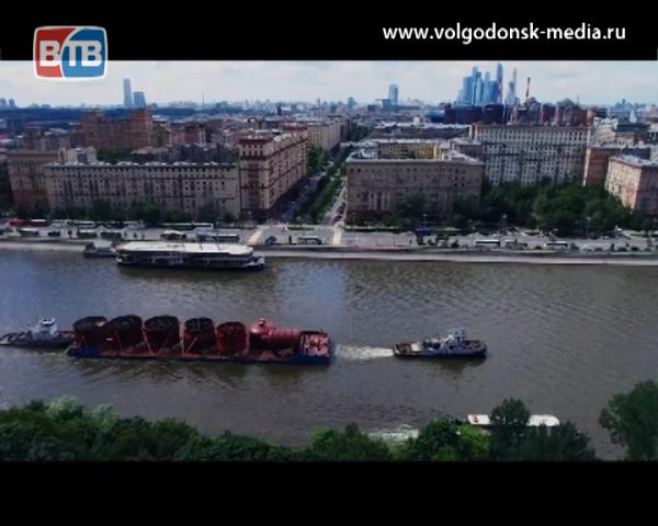 Вакуумная колонна, изготовленная на «Атоммаше» для Московского НПЗ, прибыла в Москву