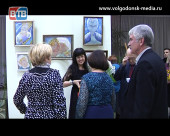 «Пространство отражения». В художественном музее Волгодонска открылась юбилейная выставка Любови Донцовой
