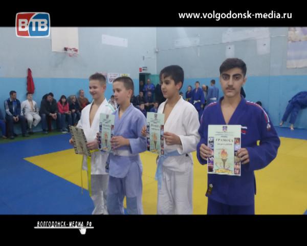 Волгодонские дзюдоисты вернулись с медалями с очередных соревнований