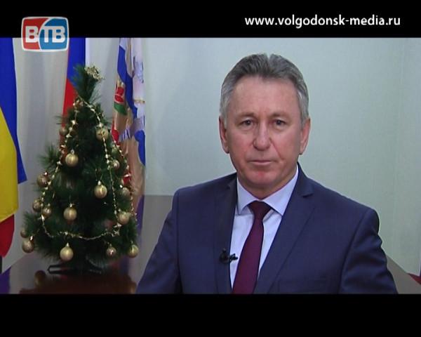 Новогоднее поздравление Виктора Мельникова