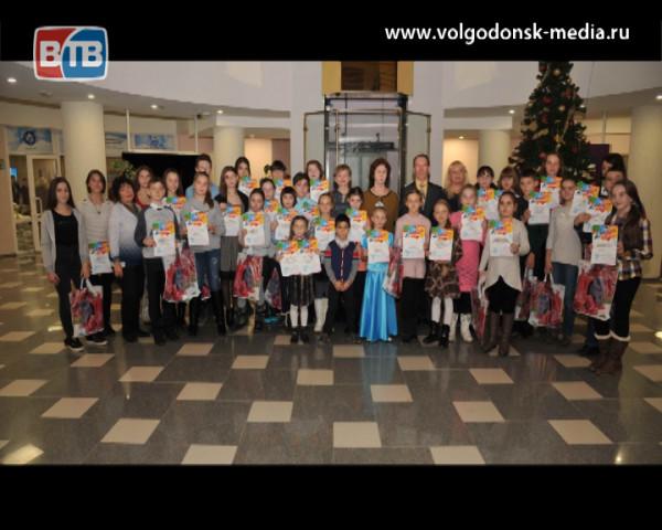 Более 200 юных художников приняли участие в конкурсе «Рисуют дети атомграда»