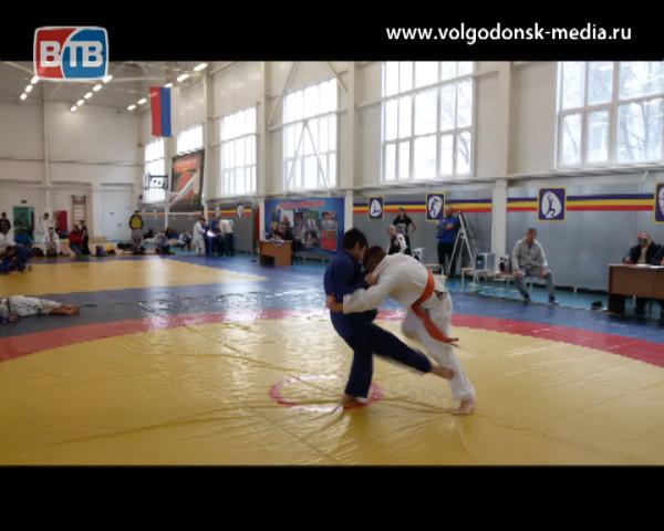 Волгодонские дзюдоисты привезли новые победы из Каменск-Шахтинска