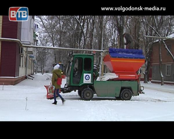 Состояние дорог удовлетворительное, техники хватает. Городские коммунальщики прокомментировали ситуацию в городе после снегопада
