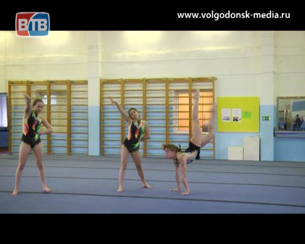 Волгодонские акробаты вернулись с первенства ЮФО с медалями