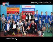 В станице Кутейниковской состоялся открытый турнир по волейболу в честь Дня защитника Отечества