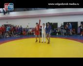 На соревнованиях за первенство Ростовской области по самбо Волгодонские спортсмены завоевали медали