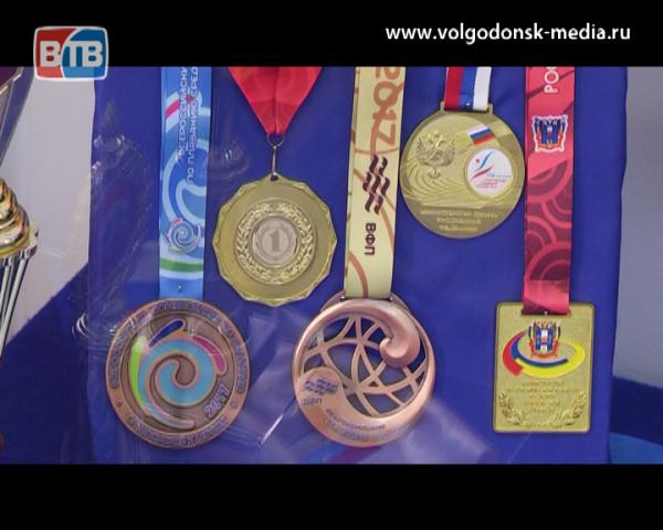 В Волгодонском эколого-историческом музее открылась выставка посвященная году детского спорта