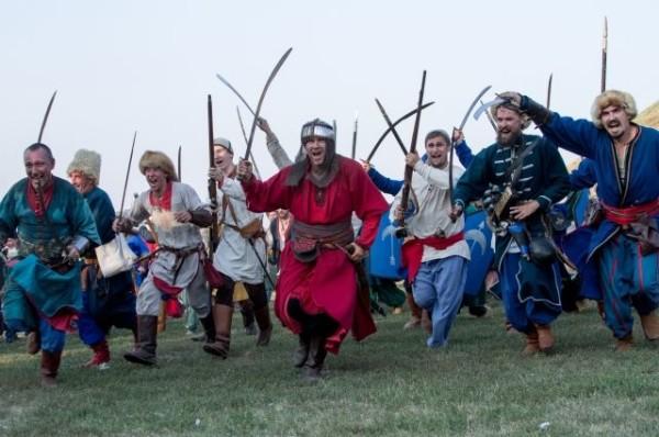 Более 300 участников реконструкции битвы казаков с турками съедутся в Азов