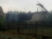 В Морозовске Ростовской области удар молнии попал в кровлю частного дома