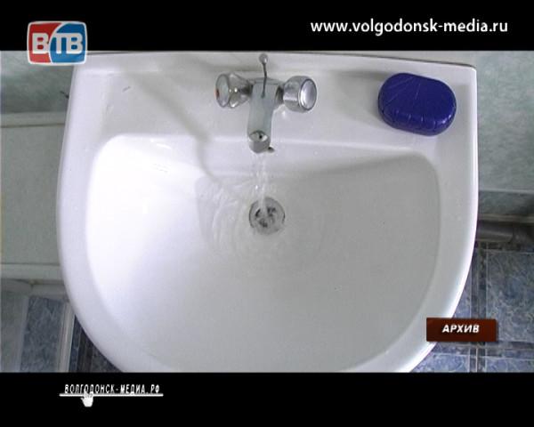 На сегодняшний день без горячей воды в Волгодонске все еще остаются 12 многоквартирных домов