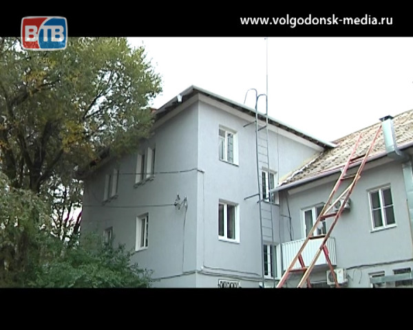 Гость студии «Новостей ВТВ» и.о. директора Департамента строительства и городского хозяйства Елена Нигай