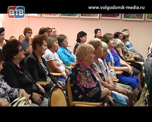 В преддверии годовщины теракта, произошедшего в Волгодонске, глава Администрации встретился с членами организации «Волга-Дон»