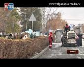 В Волгодонске продолжается ремонт автодорожного покрытия, работы завершены на десяти объектах