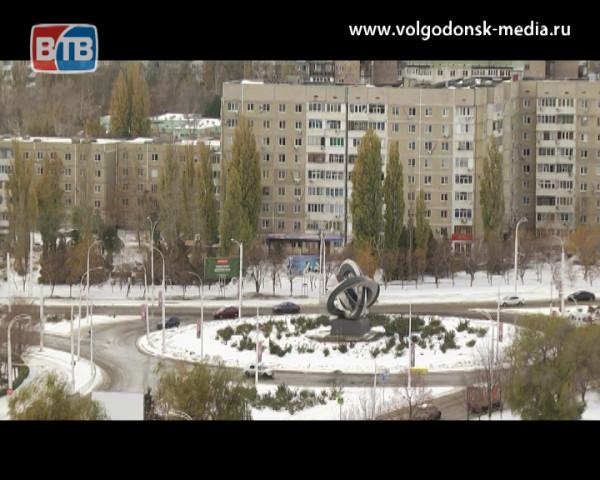 На трассе «М-4 Дон» возобновлено движение после крупного ДТП, а дорога на Волгодонск — закрыта