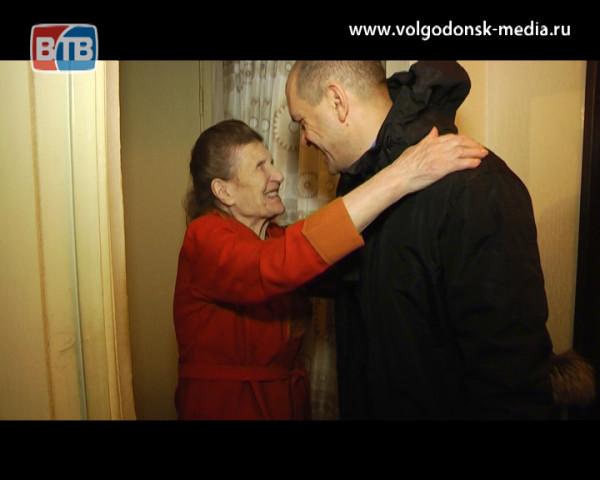 Депутат 25 избирательного округа поздравил жителей с Новым годом и Рождеством