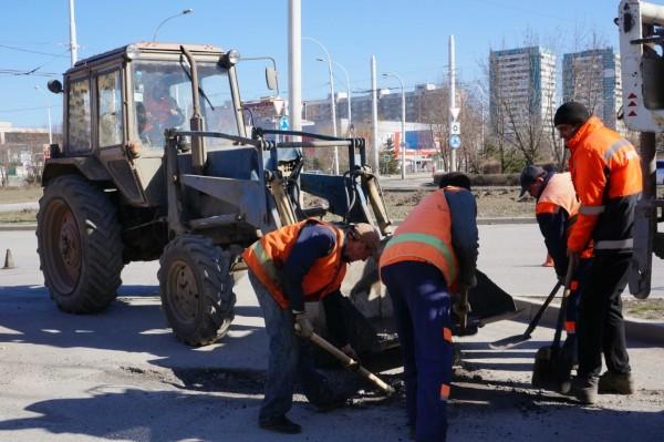 Виктор Мельников:  Качество ямочного ремонта дорог  необходимо жестко контролировать